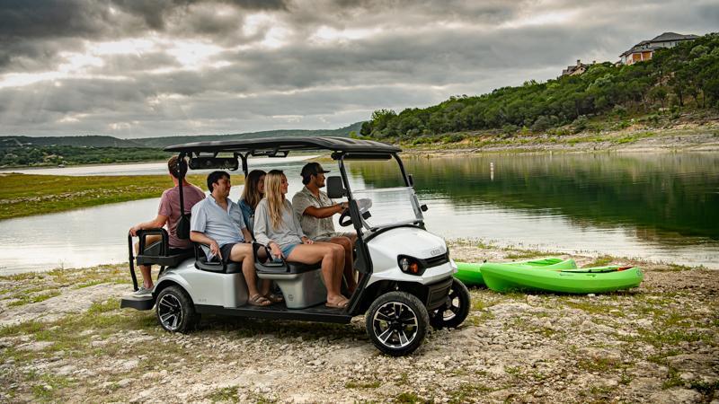 EZGO ELiTE Lithium Electric Golf Cart